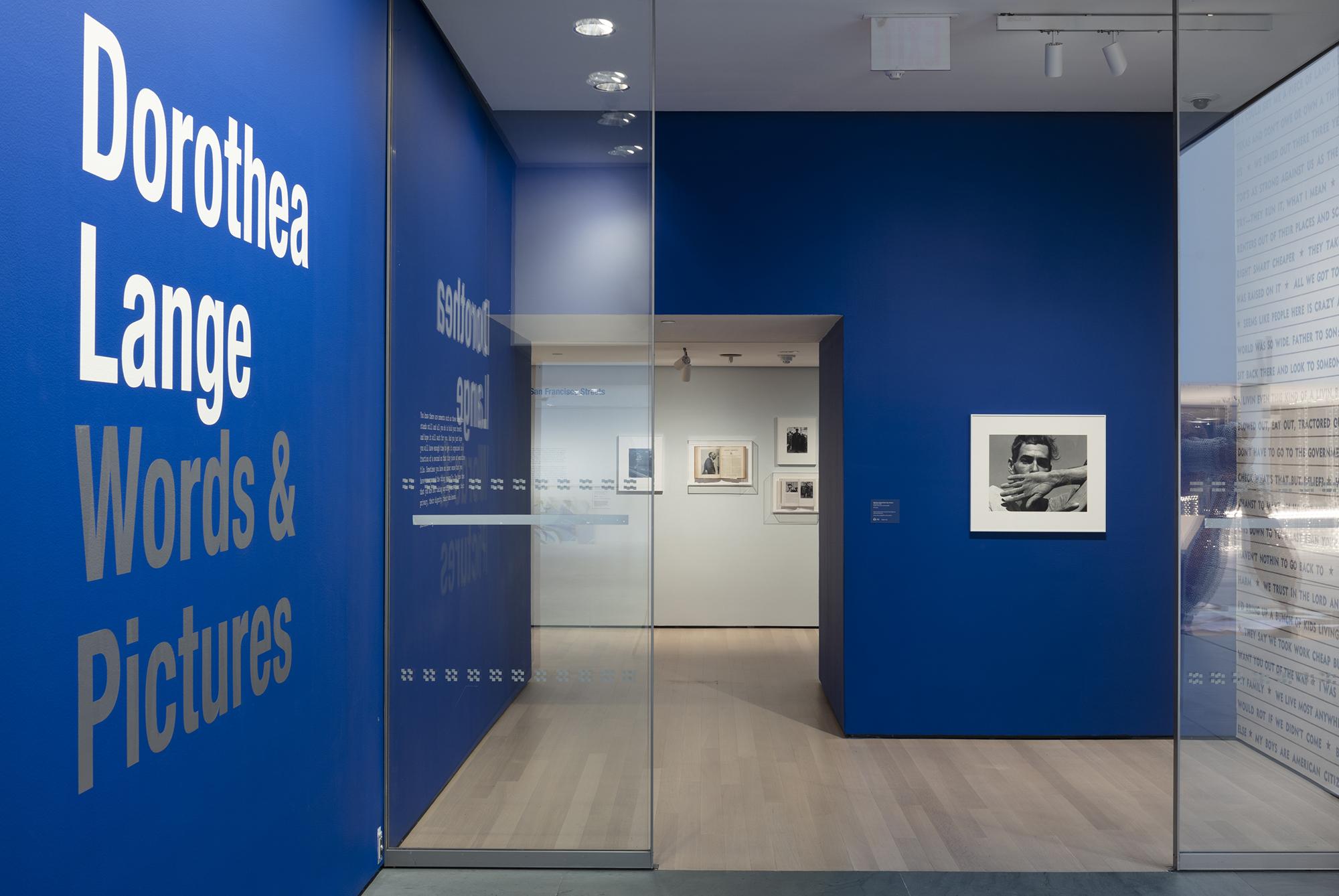 Dorothea Lange: Words & Pictures